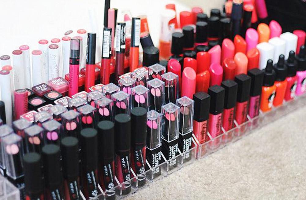 How much money do modern women spend on lipstick in their lifetime?